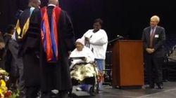 111歳のおばあちゃん、90年ぶりに卒業証書を授与される「まだ年寄りじゃないわよ」(動画)