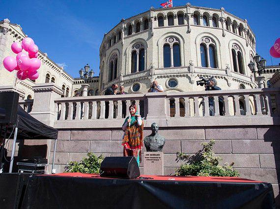 ノーベル平和賞は人権活動家の2人に ノルウェーで議論される平和賞のありかた