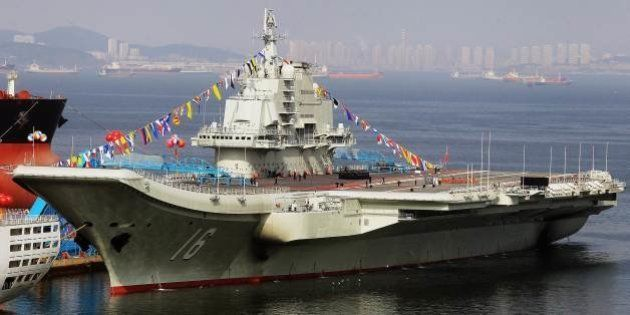中国初の空母「遼寧」が長距離訓練 その目的は?