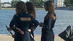 ロシア警察、女性警官たちの「服装の乱れ」に警告