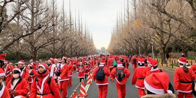 2018年12月2日に大阪、2018年12月23日に東京で「グレートサンタラン2018」が開催されました。
