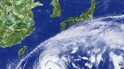 南は強力台風、北は竜巻の危険