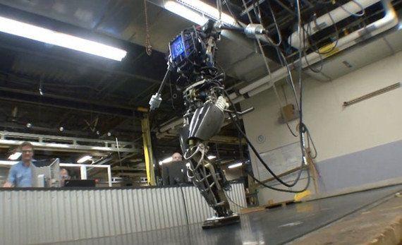 Google、米国のロボット企業を買収 四脚BigDog やヒト型Atlas