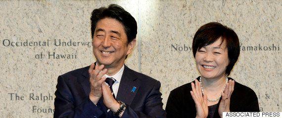 安倍昭恵さん、三宅洋平さんに会う