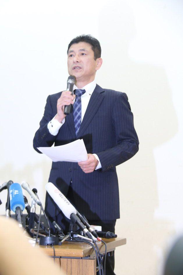 竹田会長の会見後、質疑応答がなかった理由を説明する柳谷企画部長