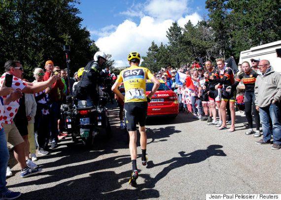 【ツール・ド・フランス】首位のクリス・フルームが落車、自ら山道を駆け上がる(画像・動画)