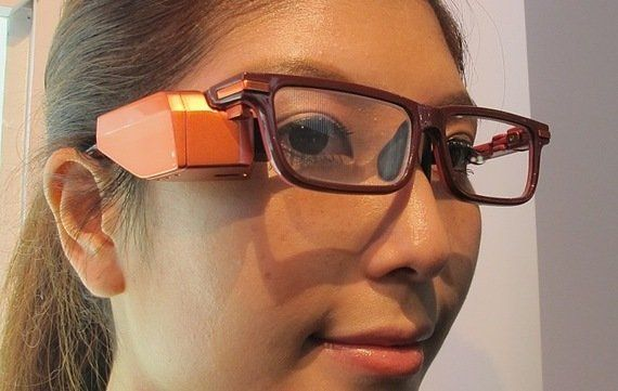 「Google Glassは使えない」東芝が