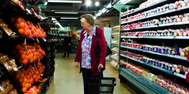 失業者や低所得者専用のスーパー、「ソーシャル・スーパーマーケット」とは?
