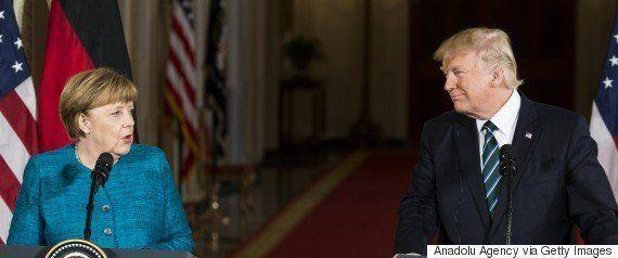 トランプ大統領の「オバマ氏が盗聴」主張、FBI長官も「証拠なし」