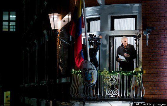 ウィキリークス創設者の運命は? 大使館に2年間こもり続けるジュリアン・アサンジの行く末を占う