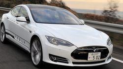 テスラ、「モデルS」に新機能 長距離ドライブ時も電池切れの心配なしって本当?