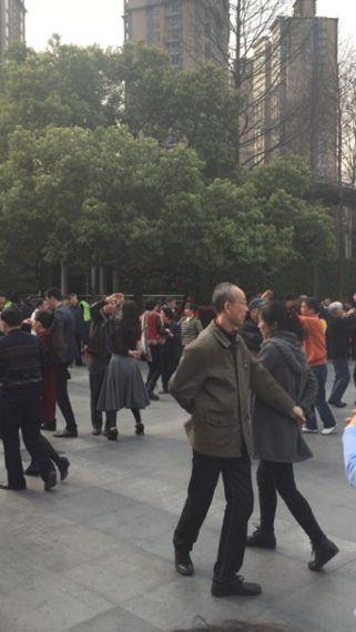 定時退社で、早寝早起き!中国・上海人に学ぶ、健康生活のススメ