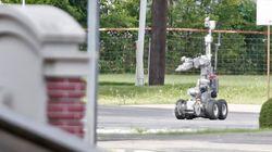 「爆弾ロボット」で容疑者を爆殺していいのか 論争が巻き起こる【ダラス警官銃撃】