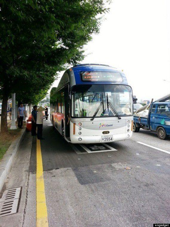 道路からワイヤレス給電するバス