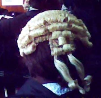 ナイジェリアには、弁護士という名の詐欺師がいる