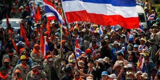 タイで非常事態宣言