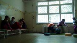 セルビア:障がいをもつ子どもがネグレクトに直面