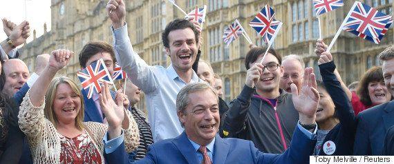 EU離脱派の主役、また逃亡 ナイジェル・ファラージ氏「イギリス独立党」党首を辞任