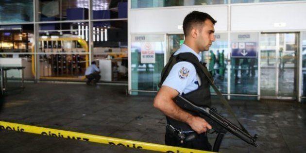 トルコ・イスタンブールの空港自爆テロ事件の実行犯はチェチェン出身か 死者は44人に