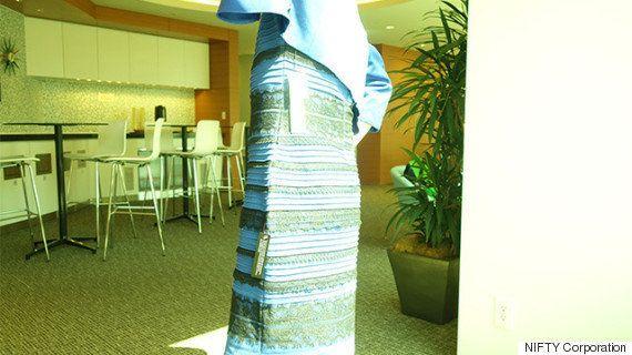 「青と黒」「白と金」ドレス、こう撮影したら......どっちに見える?(解明)