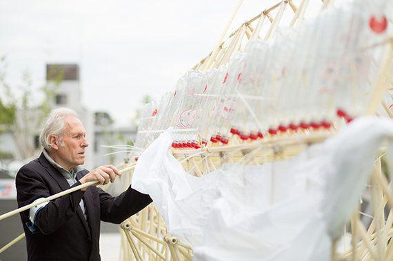 テオ・ヤンセンが語る、3Dプリンタによって進化するビーストの可能性