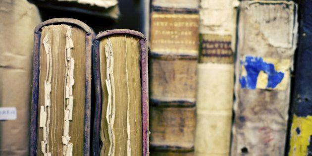 【著作権法改正】「絶版本」がデジタル化され、近くの図書館で読めるようになった理由とは