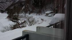 山梨県富士河口湖町のホテルで宿泊客100名以上が孤立 ライフラインがストップ 雪崩発生