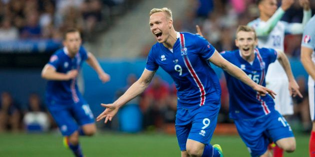 NICE, FRANCE - JUNE 25: Iceland's Kolbeinn Sigthorsson celebrates scoring his sides second goal during...