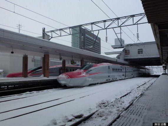 JR東日本、新幹線と特急に医療支援道具7種を搭載