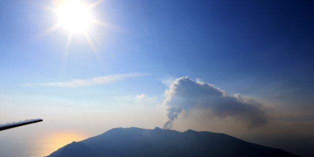 口永良部島噴火、「マグマ水蒸気噴火」と断定 火山噴火予知連「今後2〜3年の警戒が必要」