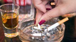 小さなバーやスナック、「禁煙」規制せず 受動喫煙防止で厚労省が原案