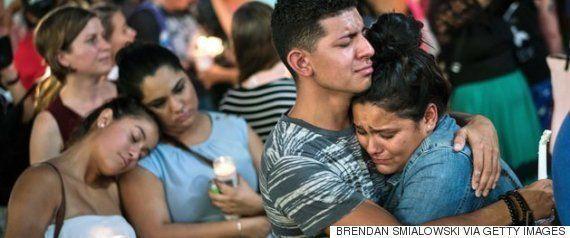 「私たちの魂は、勇気はどこへ行った?」銃規制を求め、民主党議員が下院議会で座り込みの抗議