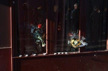 なぜ事件は「東半分」で起きたか?「パリ同時テロ」の現場を歩く