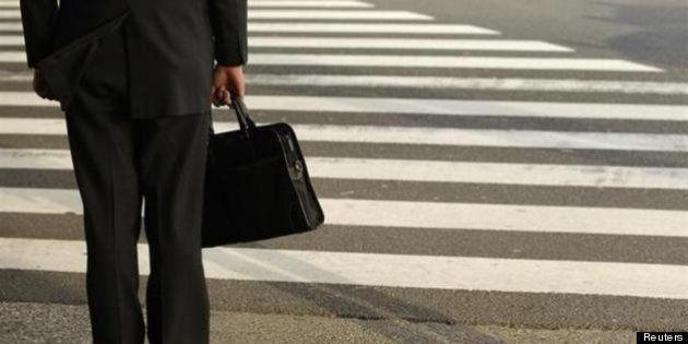 日銀政策判断は来年前半に正念場か、黒田東彦総裁は2%の物価安定目標実現に自信【争点:アベノミクス】