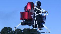 「空飛ぶレスキュー隊」ドバイで誕生。小回りを利かせて救助や調査に活用