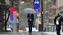四国や近畿、東海で傘が役に立たないよう雨、関東もまとまった雨量に