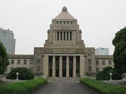日本社会で貧困が「再発見」されてから10年。貧困対策は進んだのか?