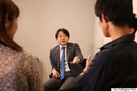 「政治に関心持てる方法、教えます」山下雄平・参院議員に若者が聞いてみた