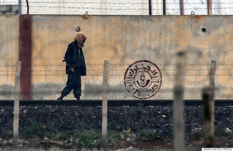 たった25ドルでシリアへ密入国 腐敗したトルコ国境の現状
