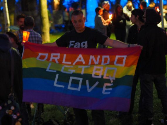 フロリダのゲイクラブ銃撃について