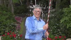 ビル・ゲイツ、ザッカーバーグに指名され、氷水をかぶる