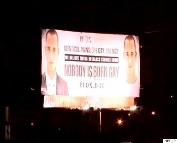反同性愛団体が掲げた看板の男性モデルは、ゲイだった(画像)