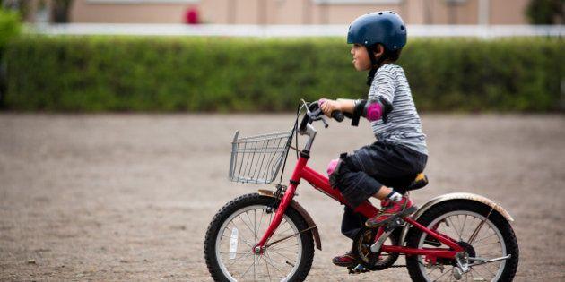 加茂市長「小中学生はなるべく自転車に乗るな」 専門家「教育機会を奪うな」
