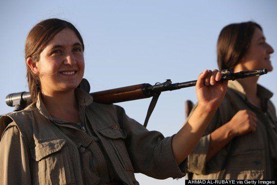 「イスラム国」と戦う女性戦士たち「クルド人を守り、包囲された難民を救出する」
