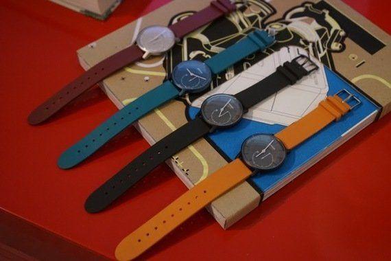 アナログ腕時計ながら、スマホと連携して活動量や睡眠を管理 普段使いしやすいデバイス登場