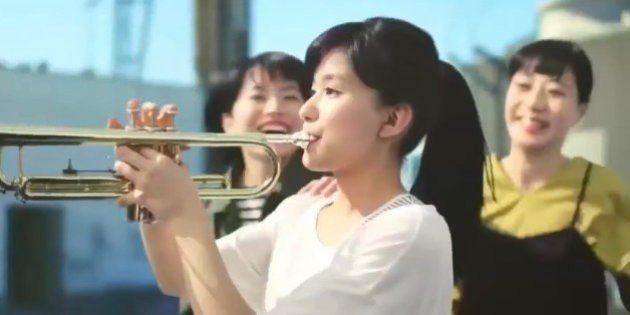 「三ツ矢サイダー」CMが炎上、動画削除 トランペット演奏シーンが...