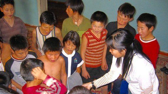 子どもたちのために。児童福祉から障害者教育まで、海外ボランティアが教えてくれた「僕らの天職」