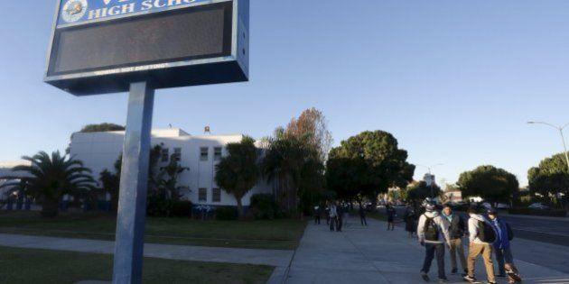 ロスの学校に脅迫、1000校以上が休校 当局はいたずらとの見方