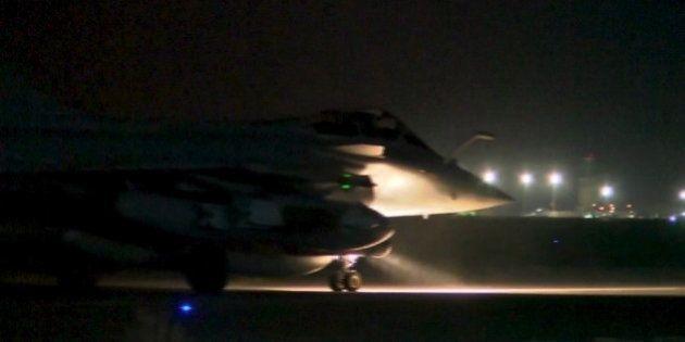 フランス軍、「イスラム国」拠点を空爆 過去最大の規模【パリ同時多発テロ】