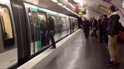イギリスのサッカーファン、パリの地下鉄で黒人を締め出す【動画】